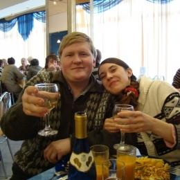 Пара из Таганрог ищет девушку для секса втроём