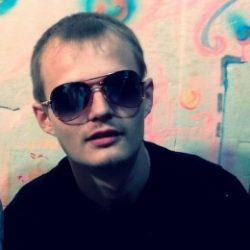 Пара из Таганрог ищет девушку для жмж, желательно би и брюнетку