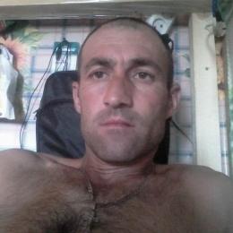 Девственник  ищет девушку  в Таганрое