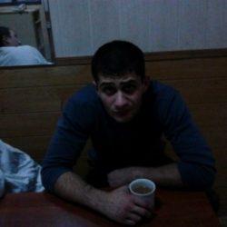 Две девушки и парень, ищем девушку для серьезных отношений вчетвером, Таганрог