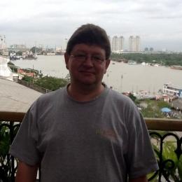 Пара из Таганрог. Ищем девушку, женщину