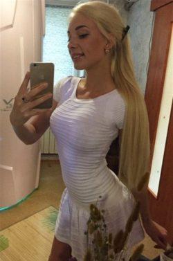 Молодая, веселая блондинка, ищу мужчину для секса в Таганрое